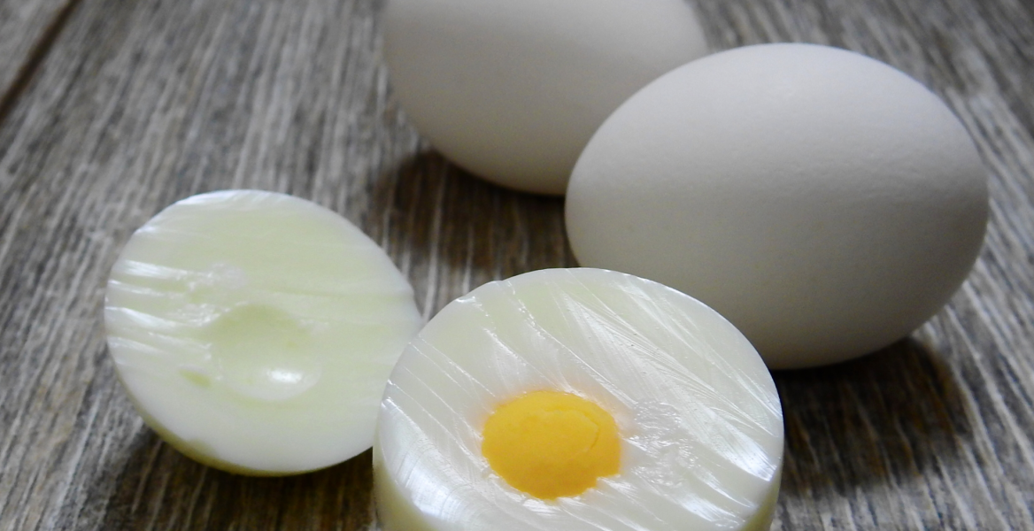 10 Healthy Snacks to Eat in the Afternoon: boiled eggs: NO More Excuses Fitness Training: www.nmefitnesstraining.com